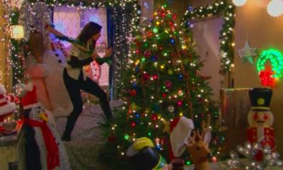 Uno degli episodi natalizi di How I met your mother.