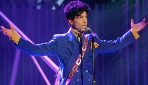 Prince: Un album con canzoni inedite a due anni dalla morte misteriosa.