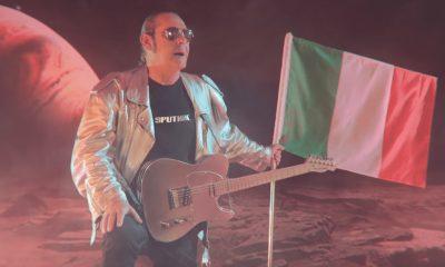 """Luca Carboni: Pronto per lo Sputnik tour, con """"Una grande festa''"""