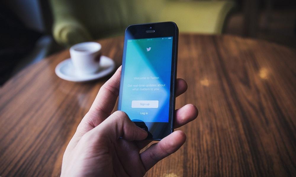 Come mandare messaggi diretti su Twitter
