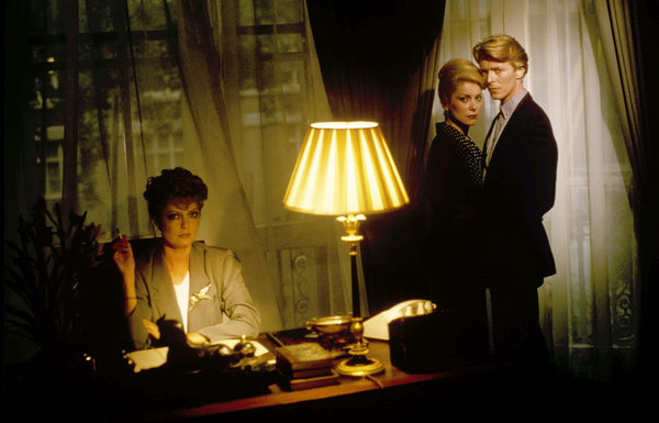 The-Hunger-susan Sarandon-Deneuve-Bowie