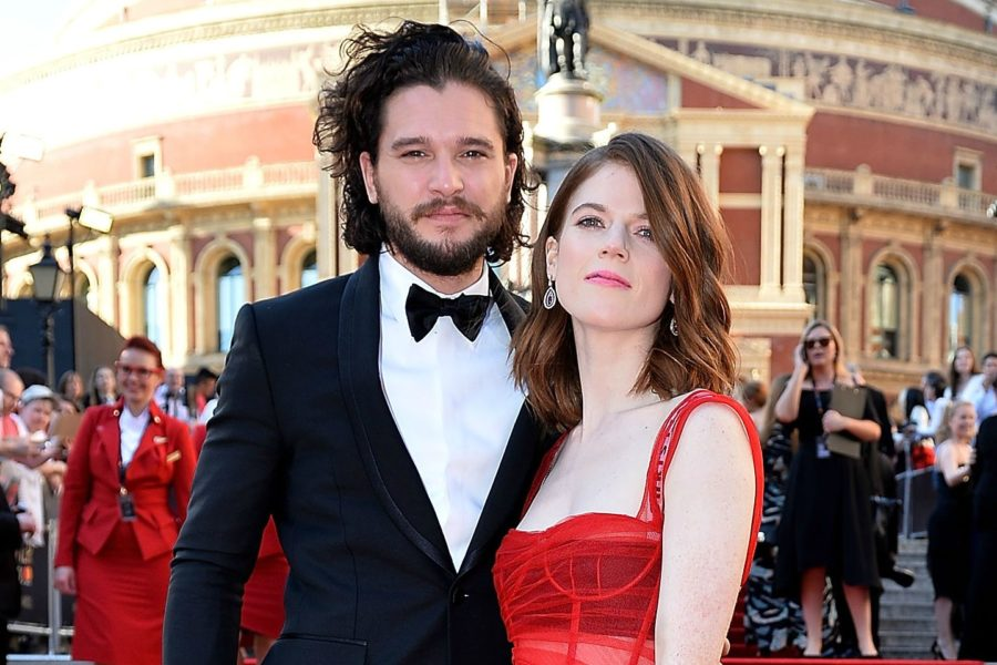 Kit Haringtone e Leslie Rose di Game of Thrones