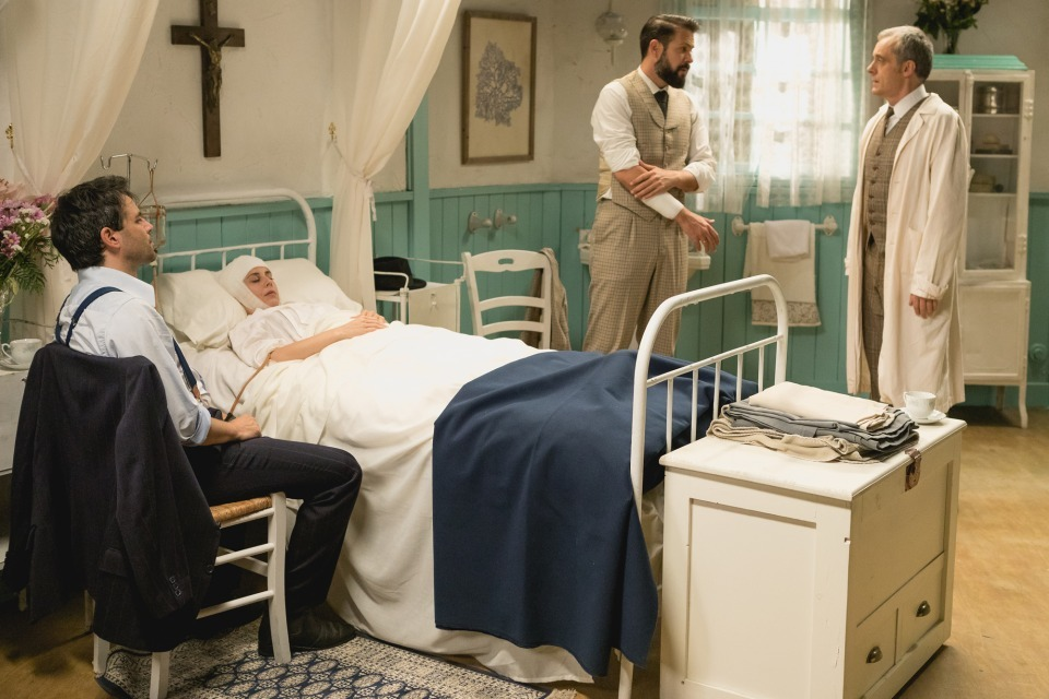 Adela in ospedale/ Il Segreto