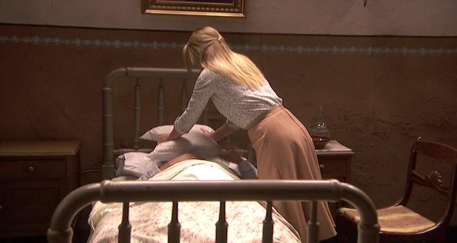 Antolina commette un omicidio/ Il Segreto