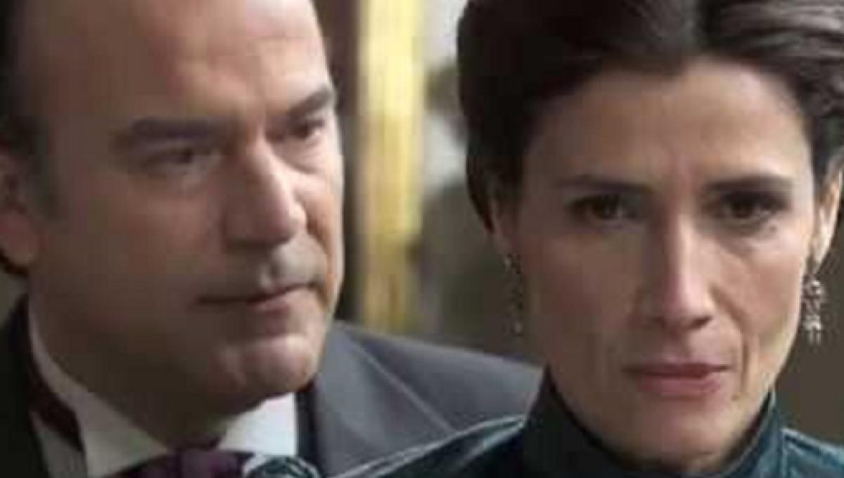 Silvia Reyes e Arturo Valverde/ Una Vita