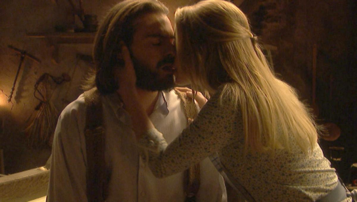 Il Segreto, anticipazioni 1-5 luglio: notte di passione tra Isaac e Antolina