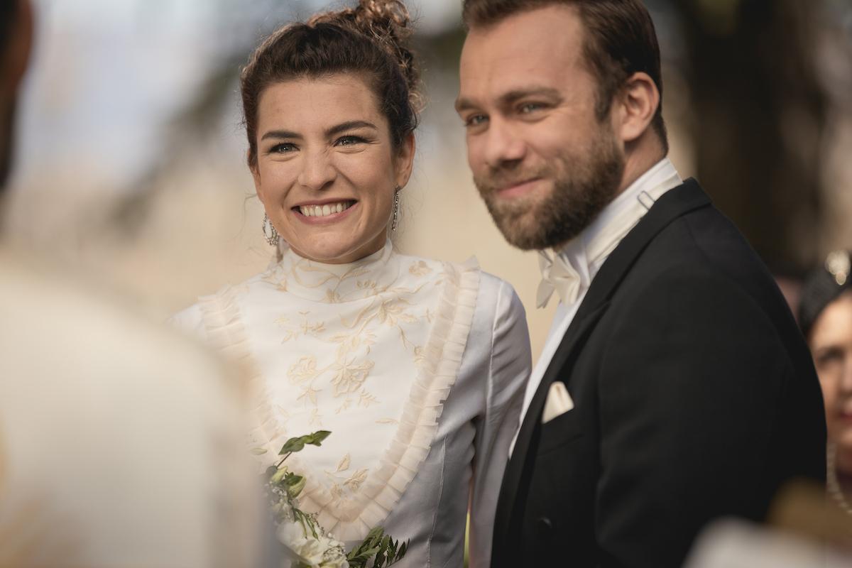 Il Segreto - Maria Elena muore alle nozze con il Mesia