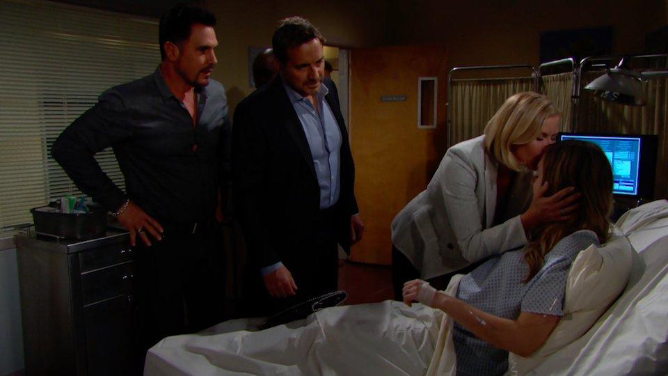 Beautiful: Liam informa Brooke, Bill e Ridge della morte di Beth