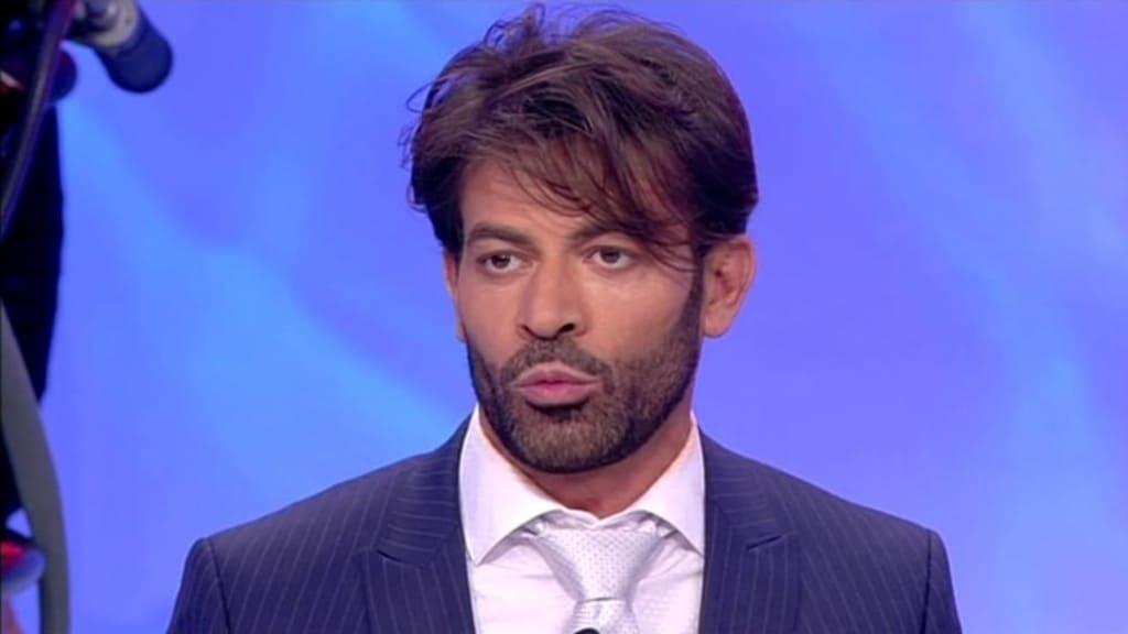Uomini e Donne - trono over: Gianni rivela che Armando ha altre relazioni fuori dal contesto televisivo