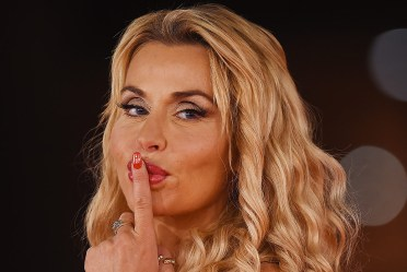 Grande Fratello Vip - Valeria Marini guadagnerebbe 20 mila ogni sette giorni, Barbara Alberti 18 mila