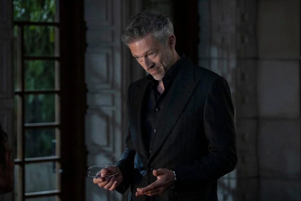 Vincent Cassel è Serac nella serie HBO, Gogo Magazine
