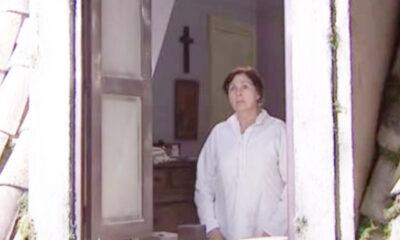 Una Vita, anticipazioni: Ursula spinge Agustina a volare giù dalla finestra
