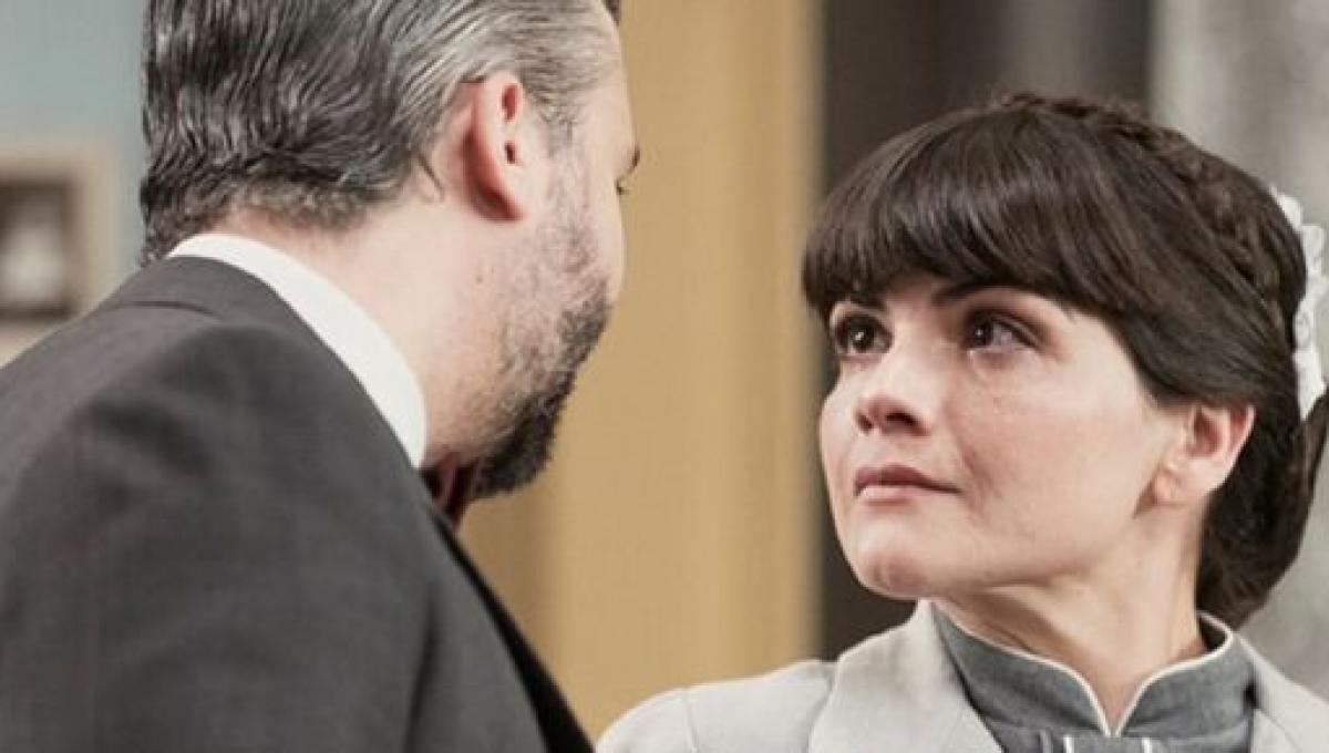 Una Vita: Velasco chiede a Laura di uccidere l'avvocato