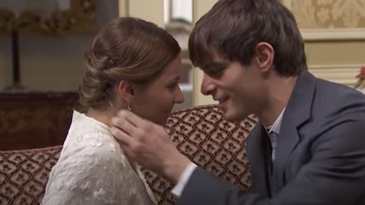 Una Vita, puntate estive: Emilio bacia con ardore Cinta