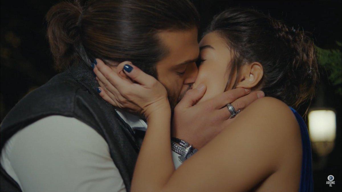 Daydreamer, anticipazioni: Sanem e Can suggellano la pace con un bacio