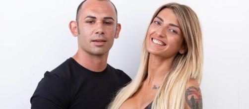 Temptation Island: Valeria e Ciavy si sono detti d'addio durante il falò