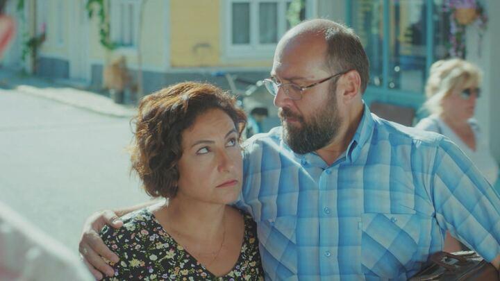 Daydreamer - Le ali del sogno, puntata 20 agosto: Nihat e Mevkibe denunciano la scomparsa di Sanem