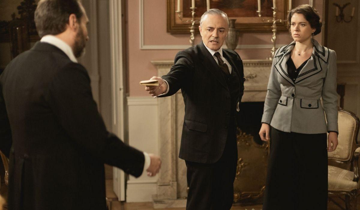 Una vita - L'avvocato scopre che Alfredo era d'accordo con Genoveva per rovinare Rosina e Liberto