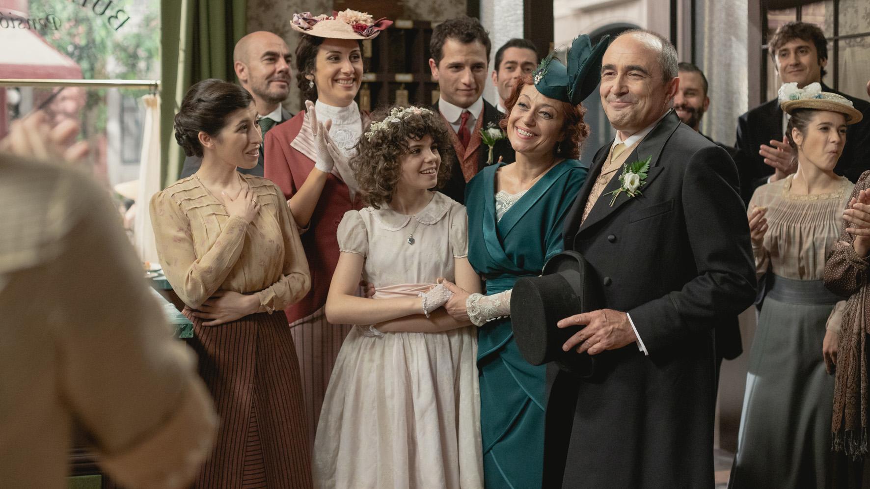 Una vita, anticipazioni: Alfredo muore, Carmen e Ramon si sposano