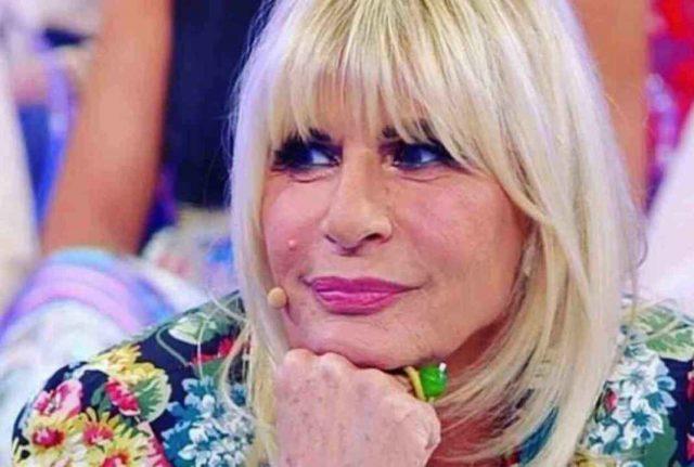 Uomini e Donne - Gemma Galgani accusata di ricattare i suoi corteggiatori