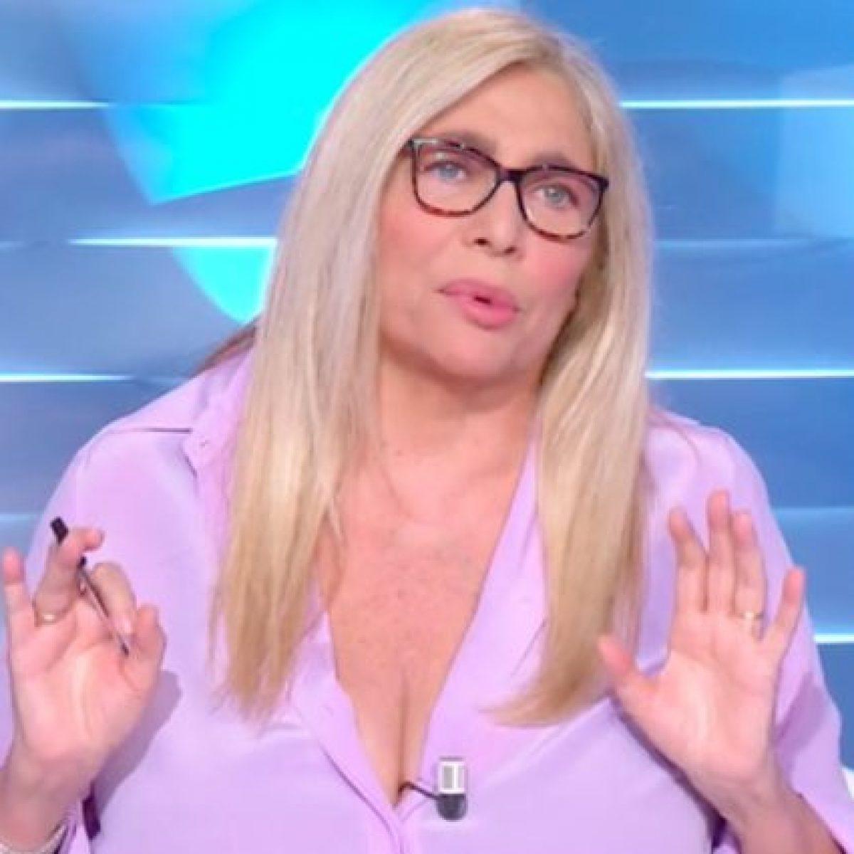 Mara Venier - La conduttrice finisce nella bufera, l'attacco del Presidente della Commissione Albo Odontoiatri Raffaele Iandolo