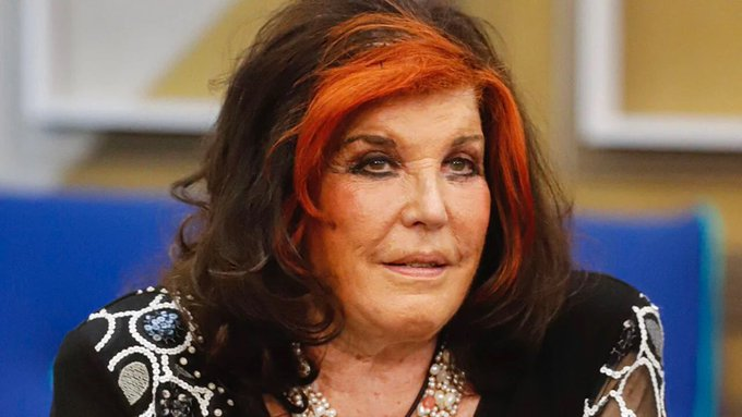"""Grande Fratello Vip, Patrizia De Blanck: """"Ho la voce del gay, del fr--io"""""""