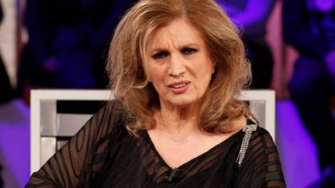 Iva Zanicchi - La cantate dimessa dall'ospedale, l'annuncio sul suo profilo social