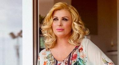 Uomini e Donne: Tina Cipollari assente in registrazione, è in isolamento fiduciario