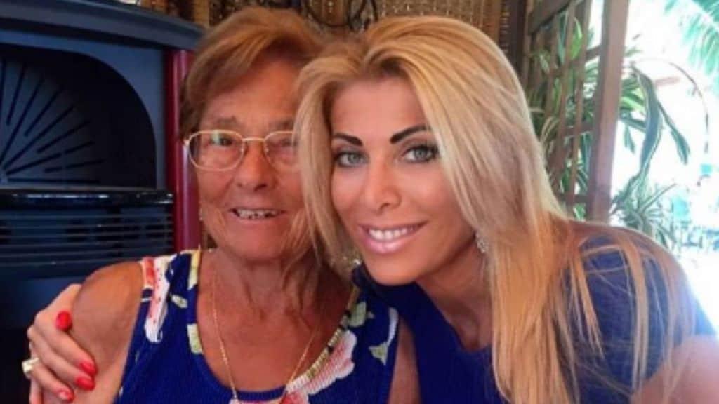 Uomini e Donne - La dama ha annunciato di aver perso la madre