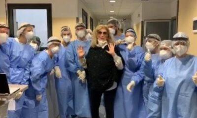 Iva Zanicchi dimessa dall'ospedale dopo il Covid-19: l'annuncio via social