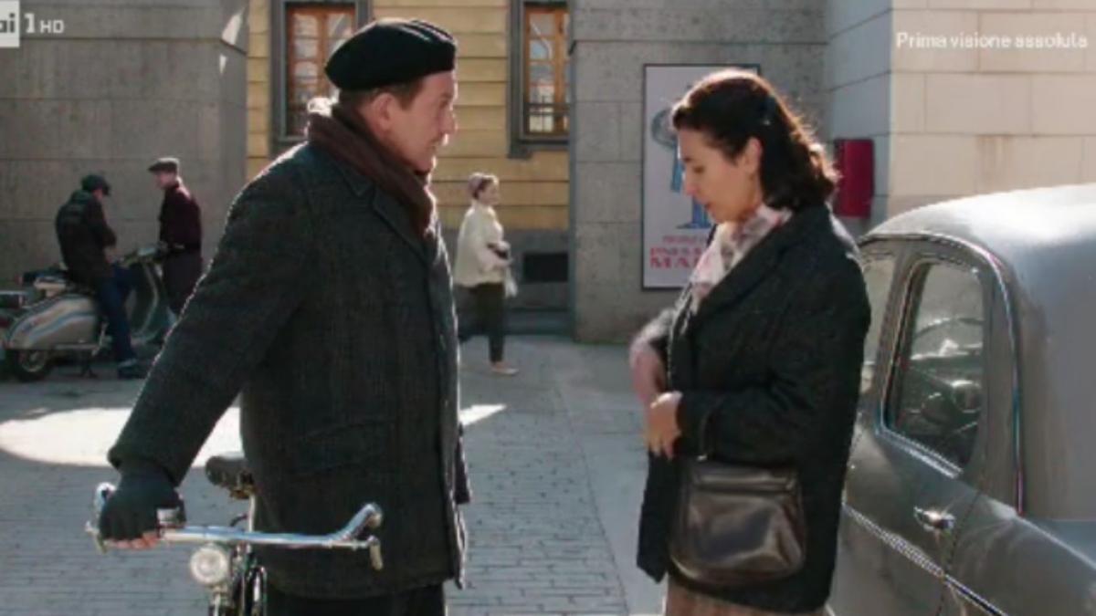 Il Paradiso delle signore, puntate quinta stagione: Agnese vuole mantenere segreta la sua storia con il capo-magazziniere