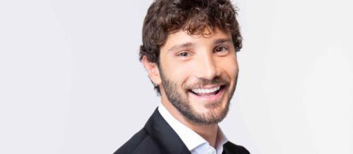 Stefano De Martino colpito da un grave lutto