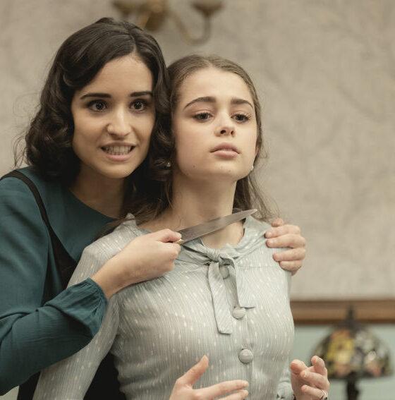 Il Segreto, ultime puntate: Rosa tenta di uccidere Carolina con un coltello
