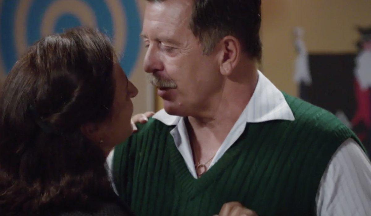 Il paradiso delle signore - Il signore Amato crea problemi tra Agnese e Armando