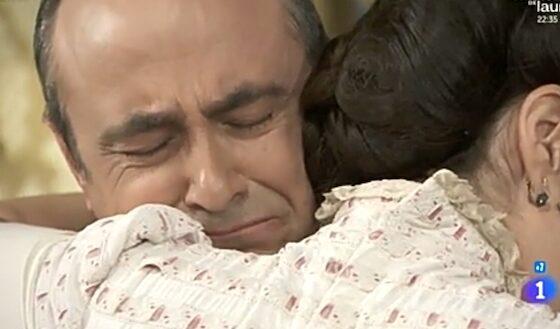 Una vita: la soap opera sospesa su Canale 5, la nuova programmazione