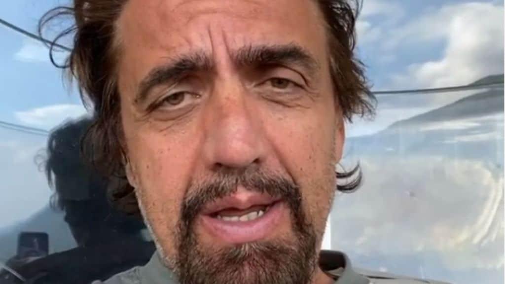 Striscia La Notizia: Valerio Staffelli investito da un taxi a Milano