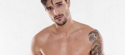 Grande Fratello Vip: Andrea Zelletta pronto a ritirarsi dal reality show