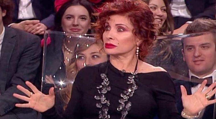 Grande Fratello Vip: Alda D'Eusanio ha fatto delle pesanti illazioni su Laura Pausini