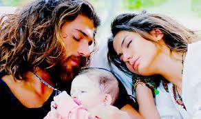 Daydreamer - Can e Sanem diventano marito e moglie e genitori di 3 gemelli