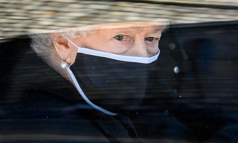 Regina Elisabetta colpita da un altro lutto dopo la morte del Principe Filippo