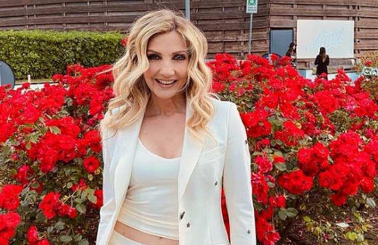Barbara D'Urso - Canale 5 affida la domenica pomeriggio a Lorella Cuccarini?