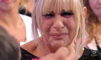 """Uomini e Donne, Gemma Galgani in lacrime: """"Ho fatto scelte sbagliate"""""""