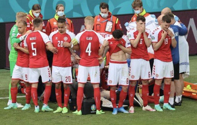 """Euro 2020, Eriksen ha un arresto cardiaco in campo: """"Ora è sveglio"""""""